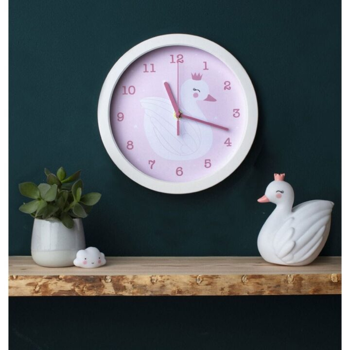 clswwh06-lr-2_clock_swan_2