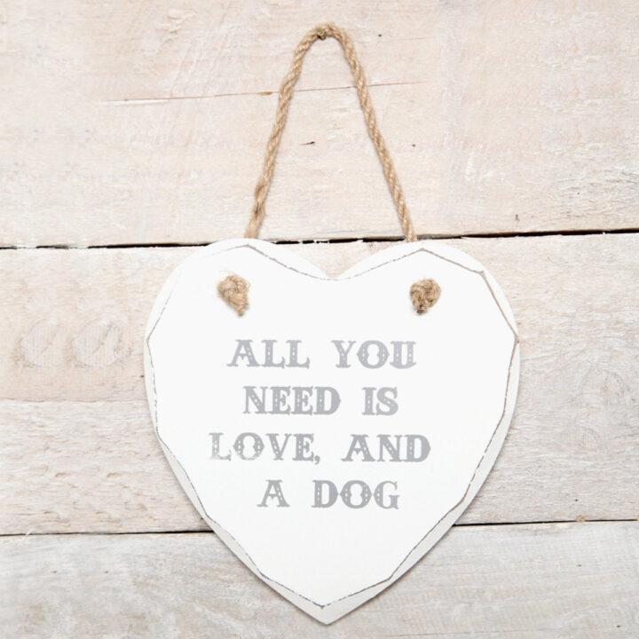 """Ξύλινο ταμπελάκι """"Αll you need is love and a dog"""""""